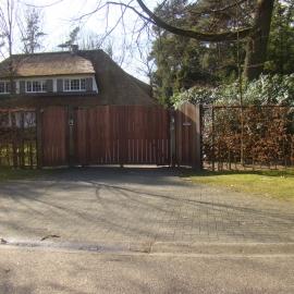 afbeelding houten-poort-classic-high-005-jpg