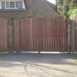 afbeelding houten-poort-classic-high-008-jpg