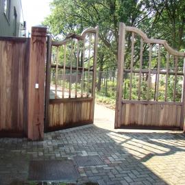 afbeelding houten-poort-classic-high-010-jpg