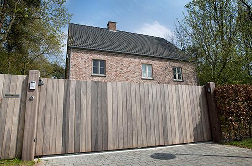 Houten Poorten